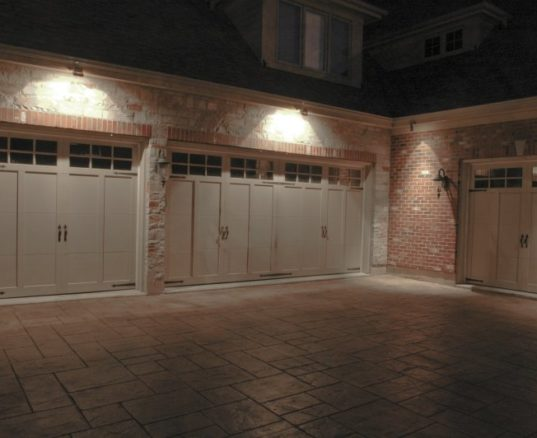3 Huge Reasons You Should Install Outdoor Lighting